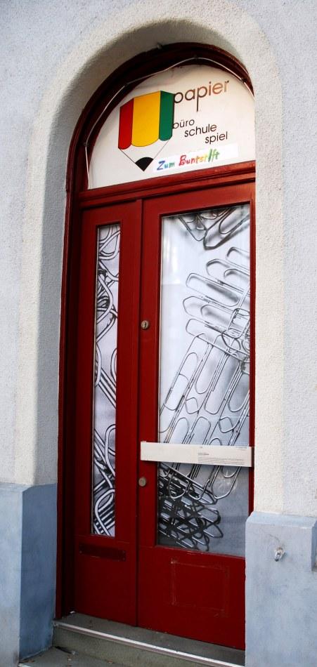 Ausstellungsansicht Im Schaufenster - Zum Buntstift